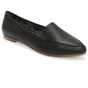 42591047b85 me too Shoes - NWT ME TOO Black Audra Pointed Toe Flat Loafer 7.5